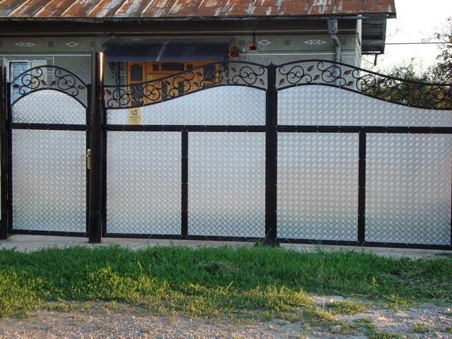 Ворота из блях размер ворот во двор дома